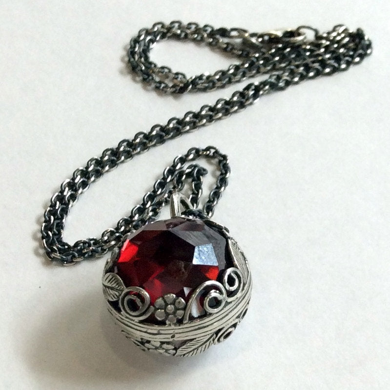 Garnet moonstone two sides pendant