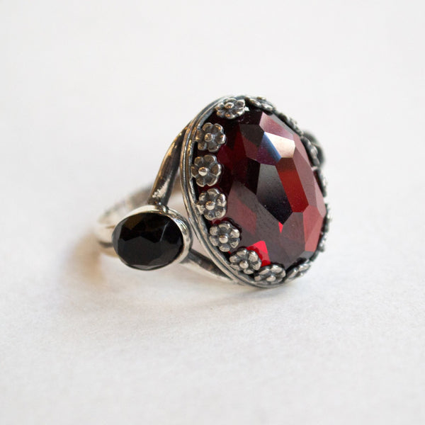 Garnet ring, sterling silver ring, bohemian ring, crown ring, floral ring, two tones ring, statement ring, Boho ring - Forever young R2253