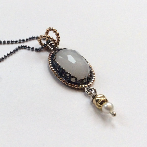 Oval stone gold silver necklace