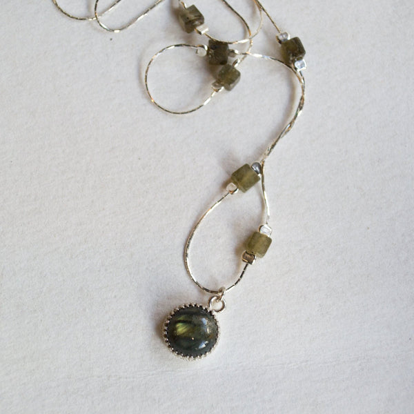 silver gemstone necklace labradorite pendant