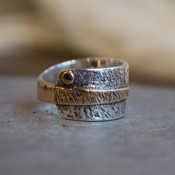 Sterling silver band, rustic  band, Men's ring, silver yellow gold band, oxidized silver ring, wide men band, Two tone - Imagine icon. R1659