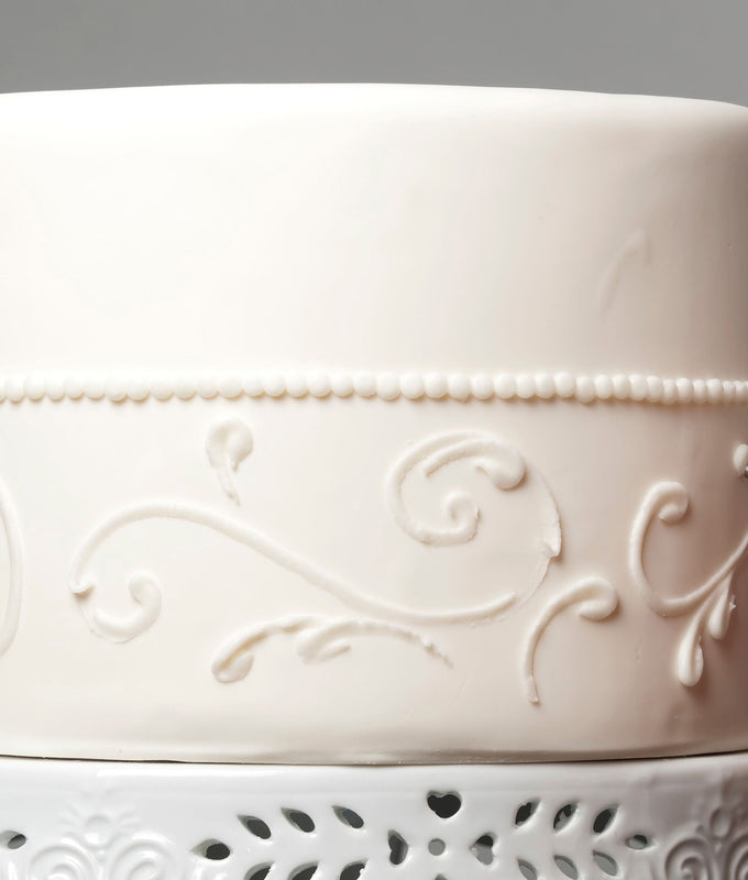 Decorated white cake