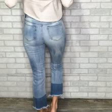 Load image into Gallery viewer, High Waist contrast hem jeans