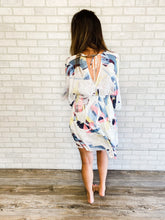 Load image into Gallery viewer, Kimono sleeve abstract print dress