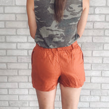 Load image into Gallery viewer, Linen paperbag shorts *2 colors