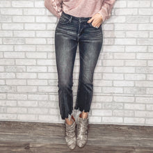 Load image into Gallery viewer, Frayed hem ankle flare jeans
