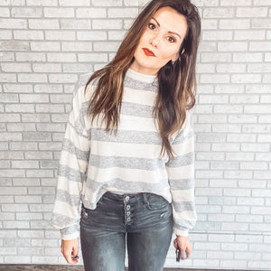 Stripe long sleeve sweater knit
