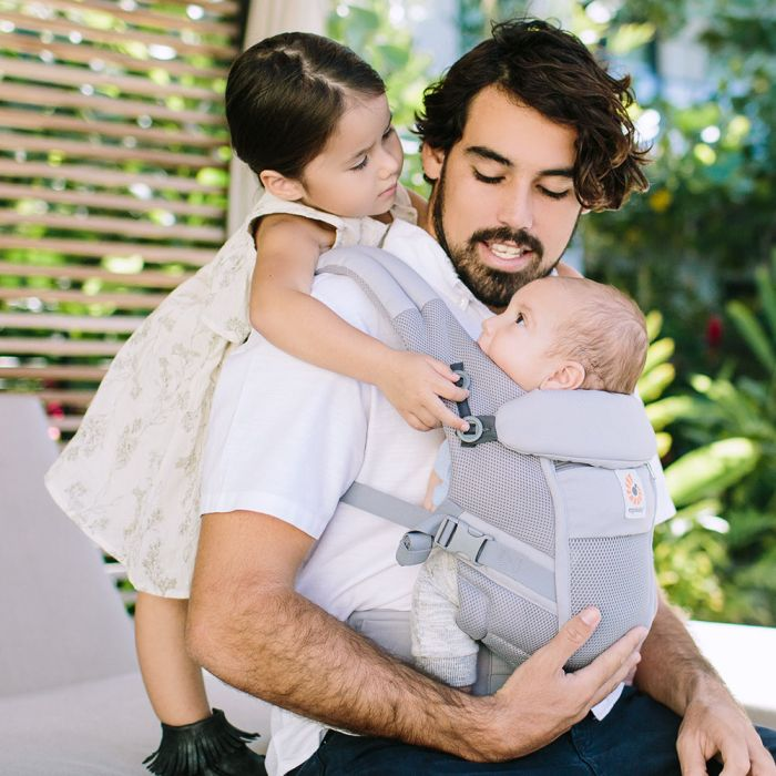 Ергономична раница Ergobaby Adapt: Cool Air Mesh - Pearl Grey