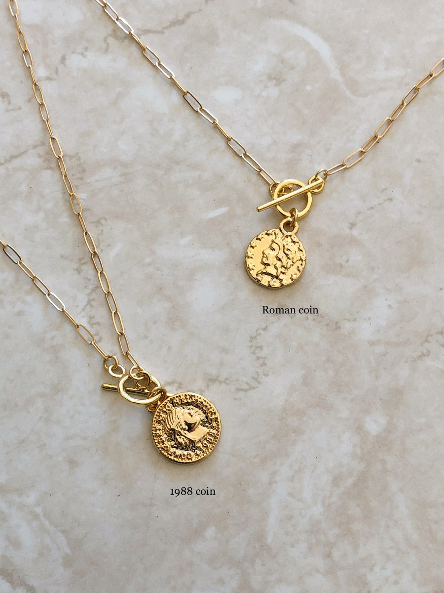 SMALL COIN TOGGLE NECKLACE