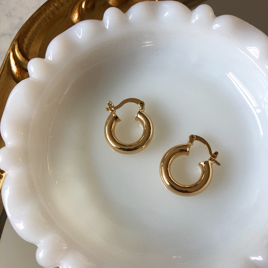 18K CHUNKY GOLD HOOPS - 1/2""