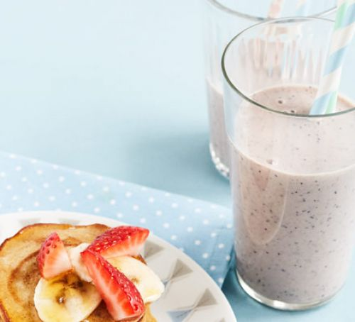 Two-minute breakfast smoothie