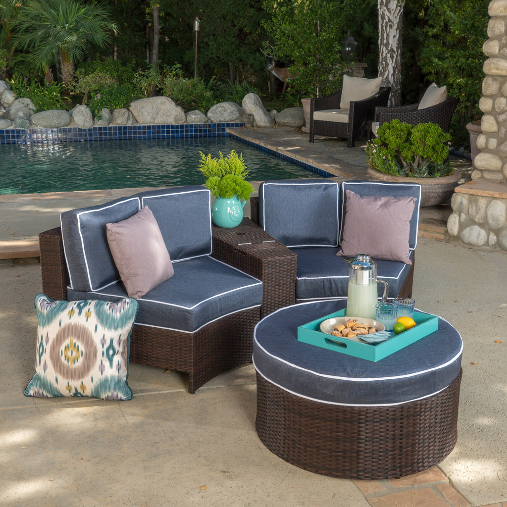 Riviera 4pc Outdoor Chat Set w/ Storage Trunk
