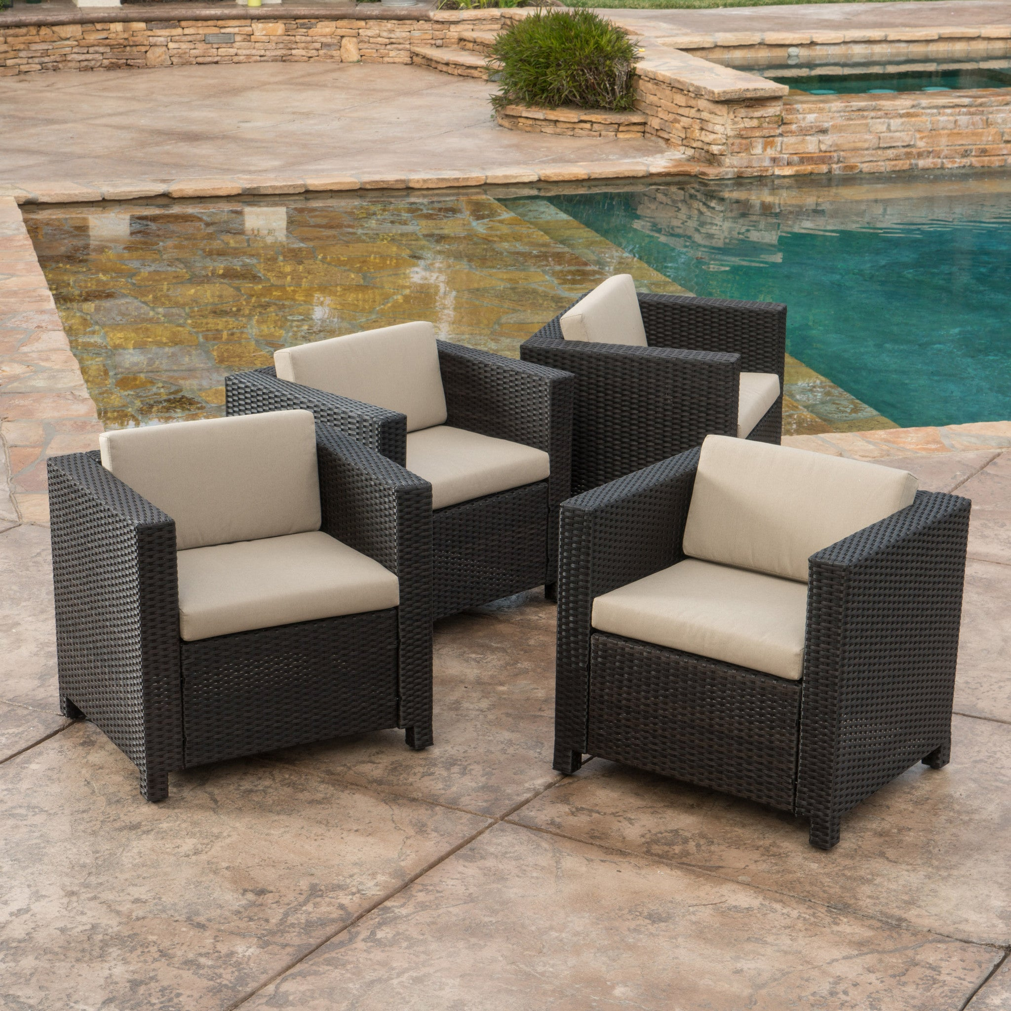 Outdoor Brown Wicker Club Chairs Cushions foto