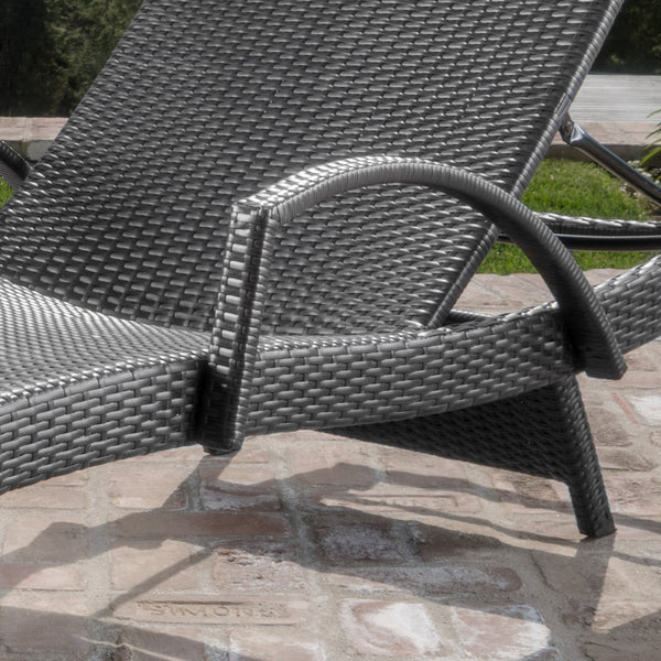Soleil Outdoor Wicker Arm Chaise Lounges Set Of 2 W