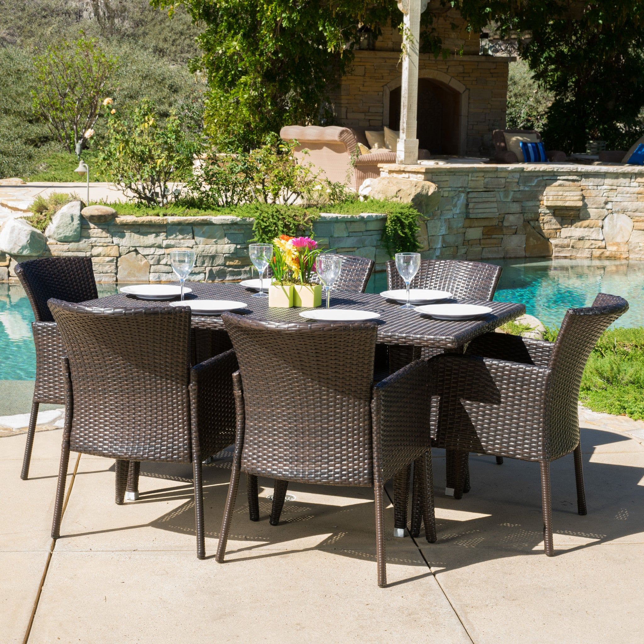 Maple Outdoor Wicker Dining Set Pic