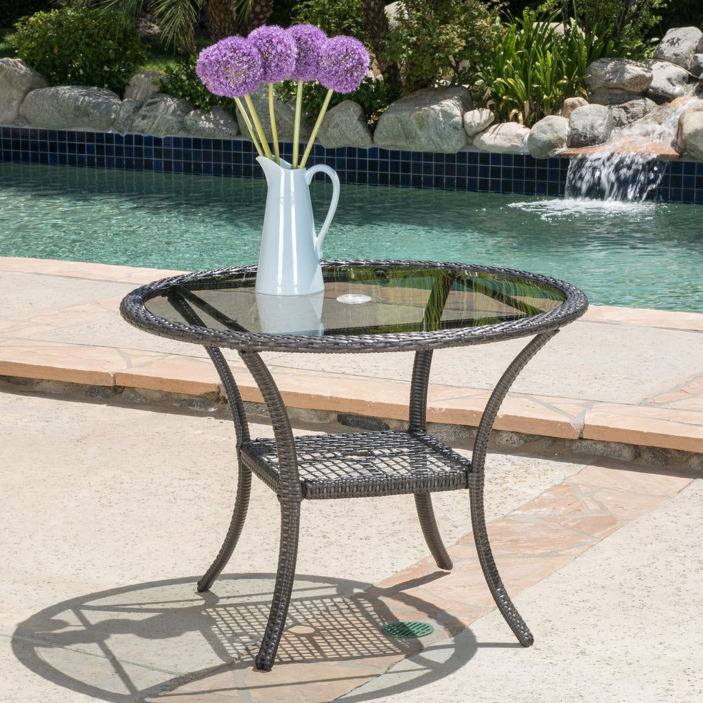 Hopp Outdoor Coastal Gray Wicker Side Table with Tempered Glass Top