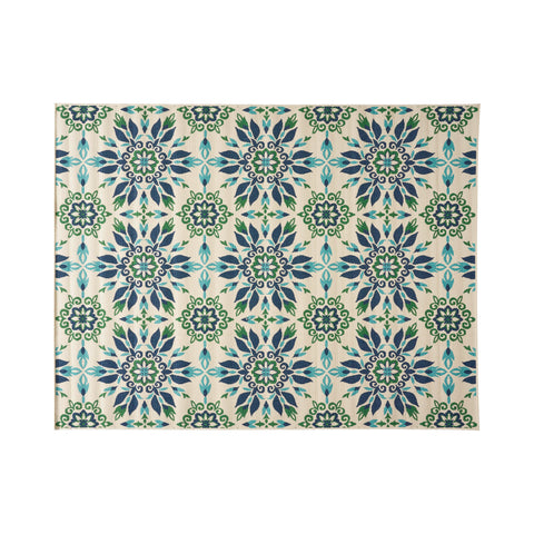 Phoebe Outdoor Medallion Area Rug, Ivory and Blue
