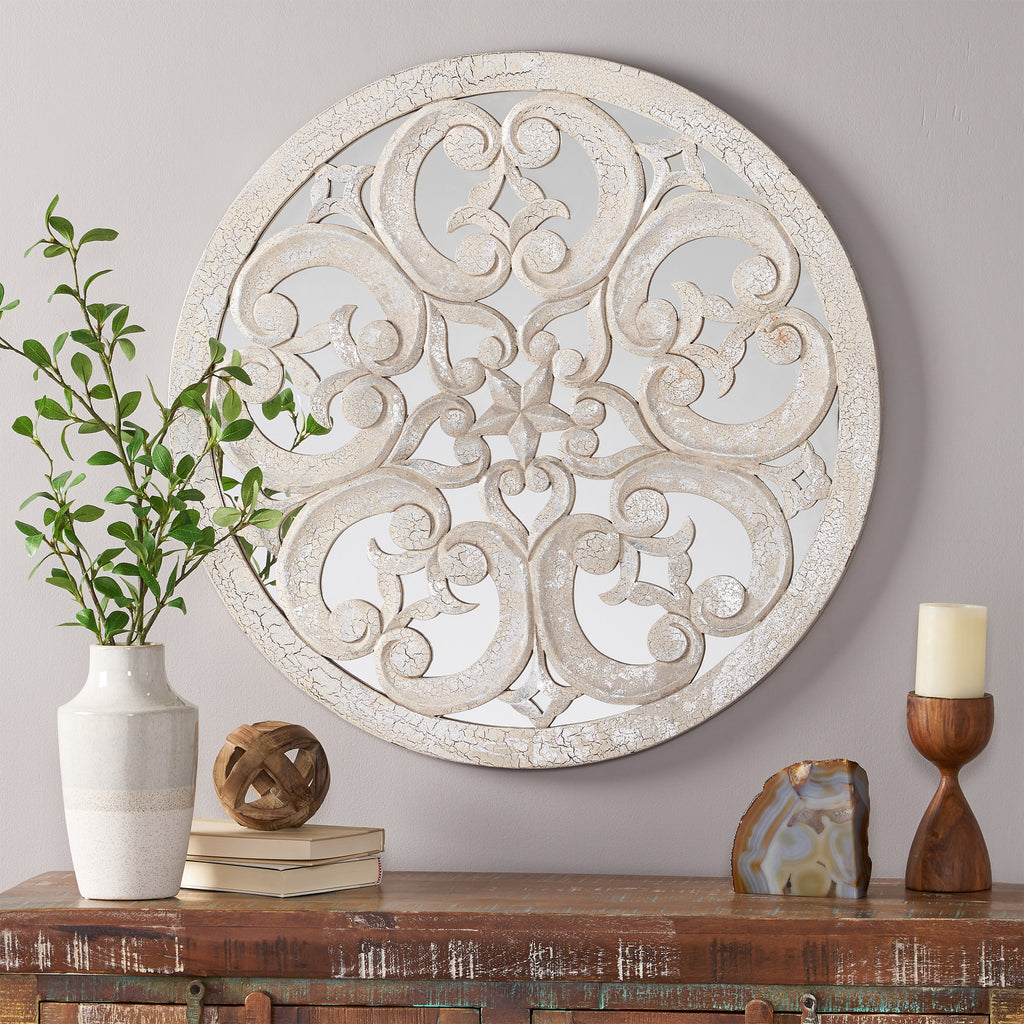 Siere Traditional Wall Accessory