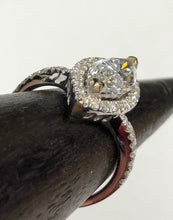 Load image into Gallery viewer, Marquise Diamond Engagement Ring