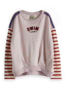Sweat with striped sleeve