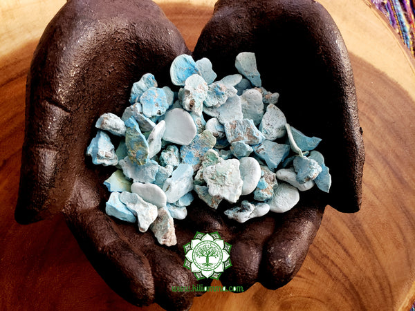 Turquoise medium rough stone .75 inches