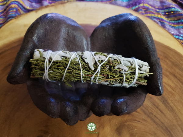 Medium Juniper and White Sage smudge stick 4-5 inches