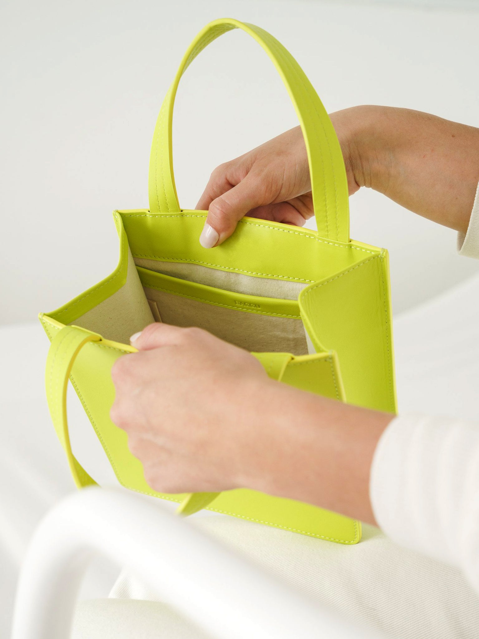 Baggu - Small Leather Retail Tote / Chartreuse