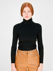 hugs - Rib Knit Turtleneck / Black