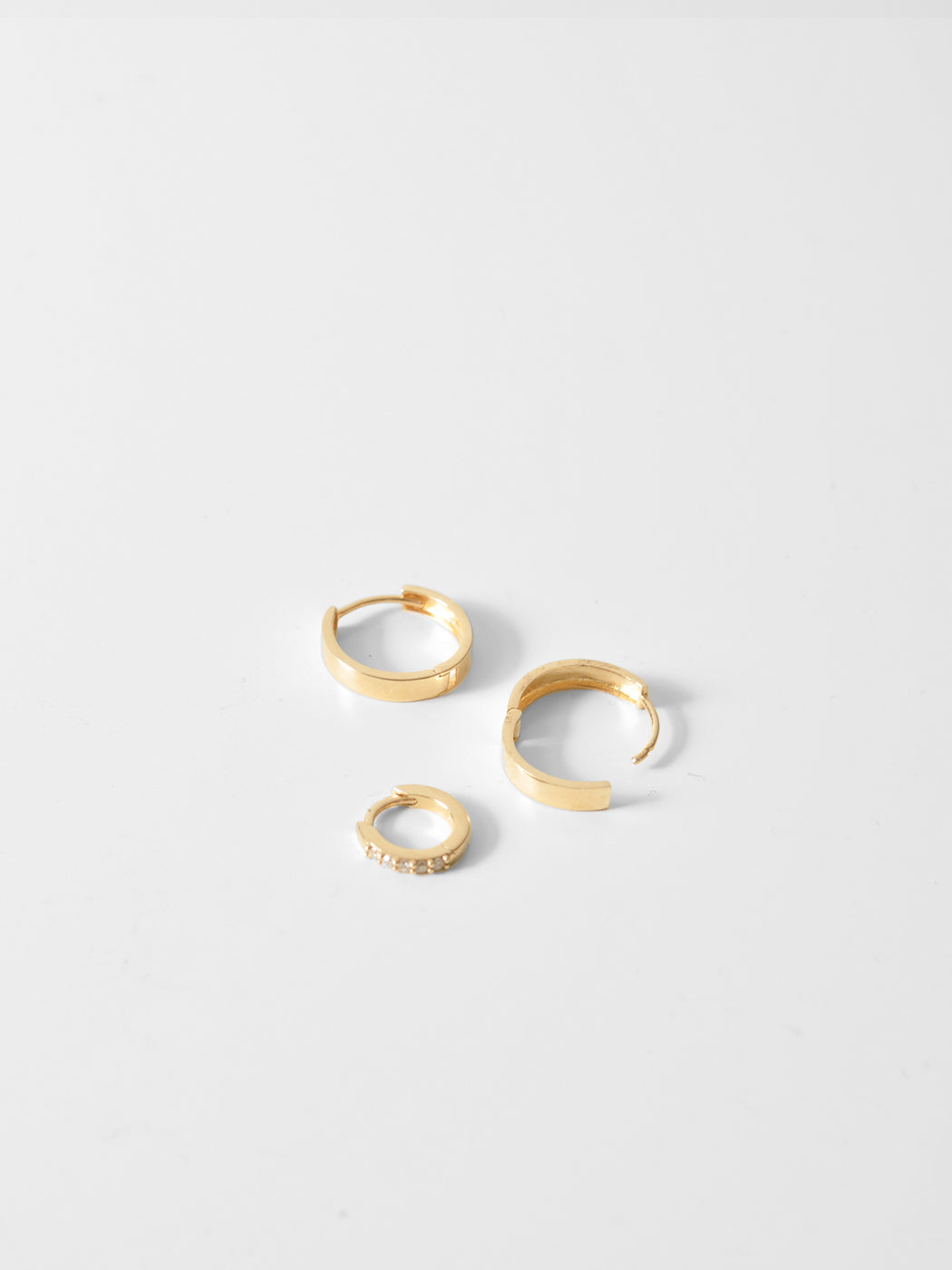 Vicky Clicker Hoops / 10mm  / 14k Yellow Gold / White Diamonds