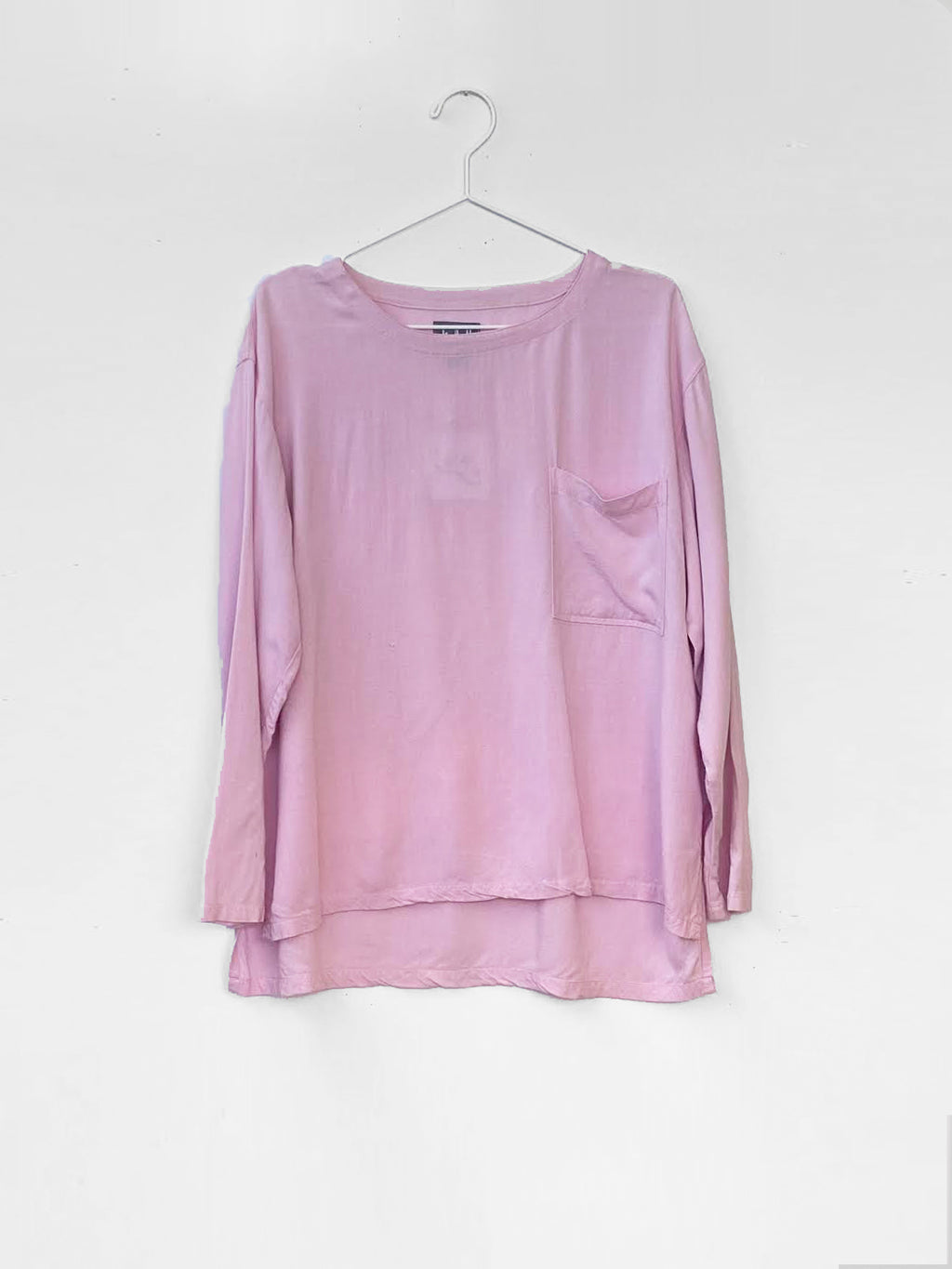 long sleeve baby pink gap 90s crewneck with pocket front