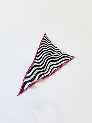 Echo - Silk Squiggle Diamond Scarf / Black & White