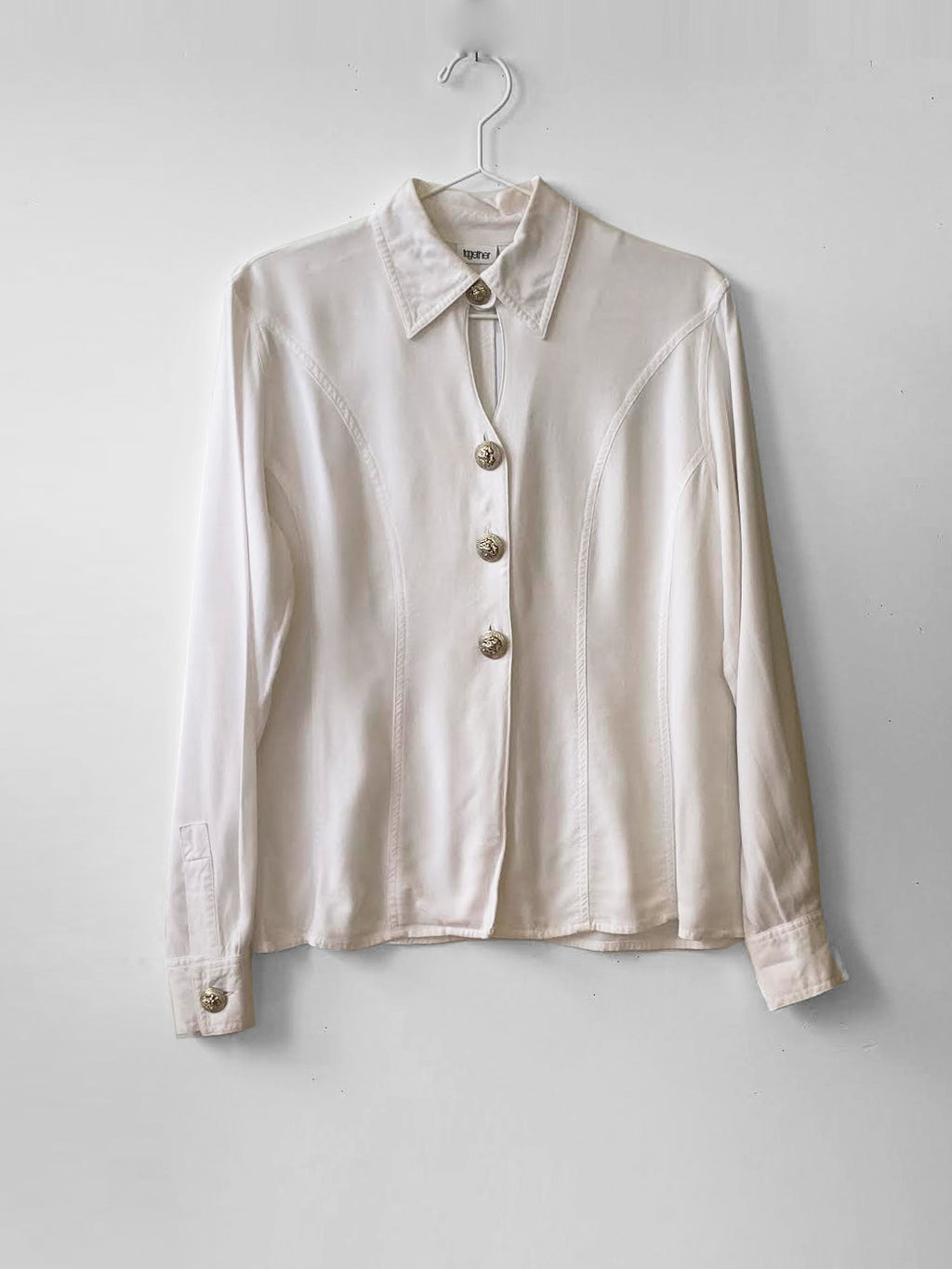 IGWT Vintage - Cutout Button Down / White