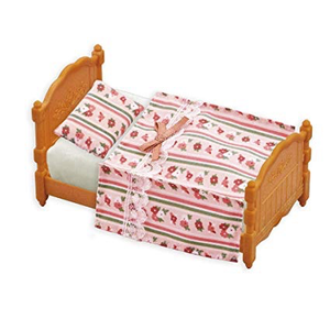 Calico Critters Bed and Comforter Set