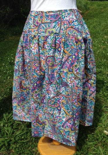 Paisley skirt with yoke waist Size 8 and 10