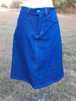 Knee length Everyday Denim Skirt-size 10 medium blue denim