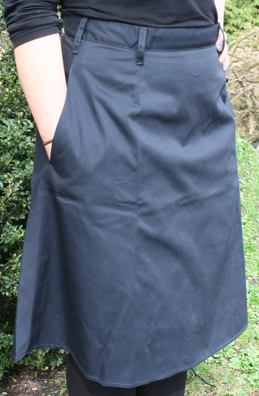 Modest Fitted twill uniform skirt with belt loops and pockets