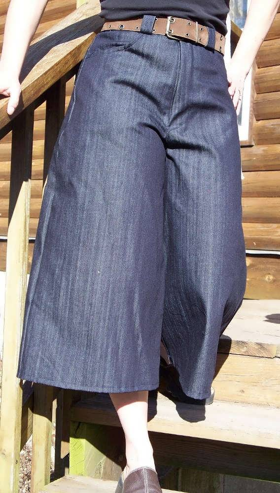 Wide Leg Gaucho Style Culottes In Denim-below the knee length