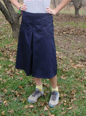 Box pleat culotte (navy on model)