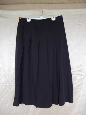 pleated skirt with yoke