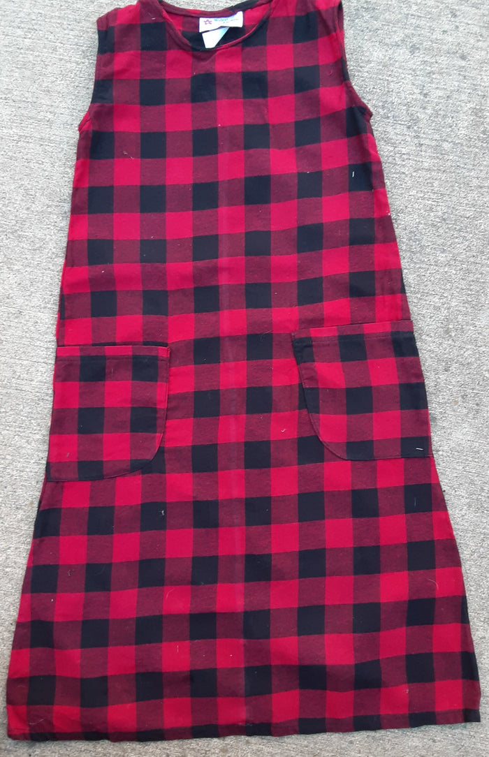 Girls buffalo plaid flannel Jumper- size 6