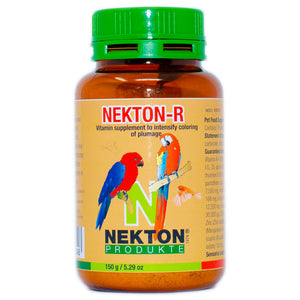 Contains the carotenoid Canthaxanthin to preserve and enhance red parts of plumage and deepen other colours.