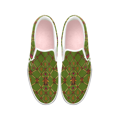 Bee Divergence Ribs & Magenta Stars- Women's French Gothic Slip-on Sneakers in Bold Olive | Le Leanian™