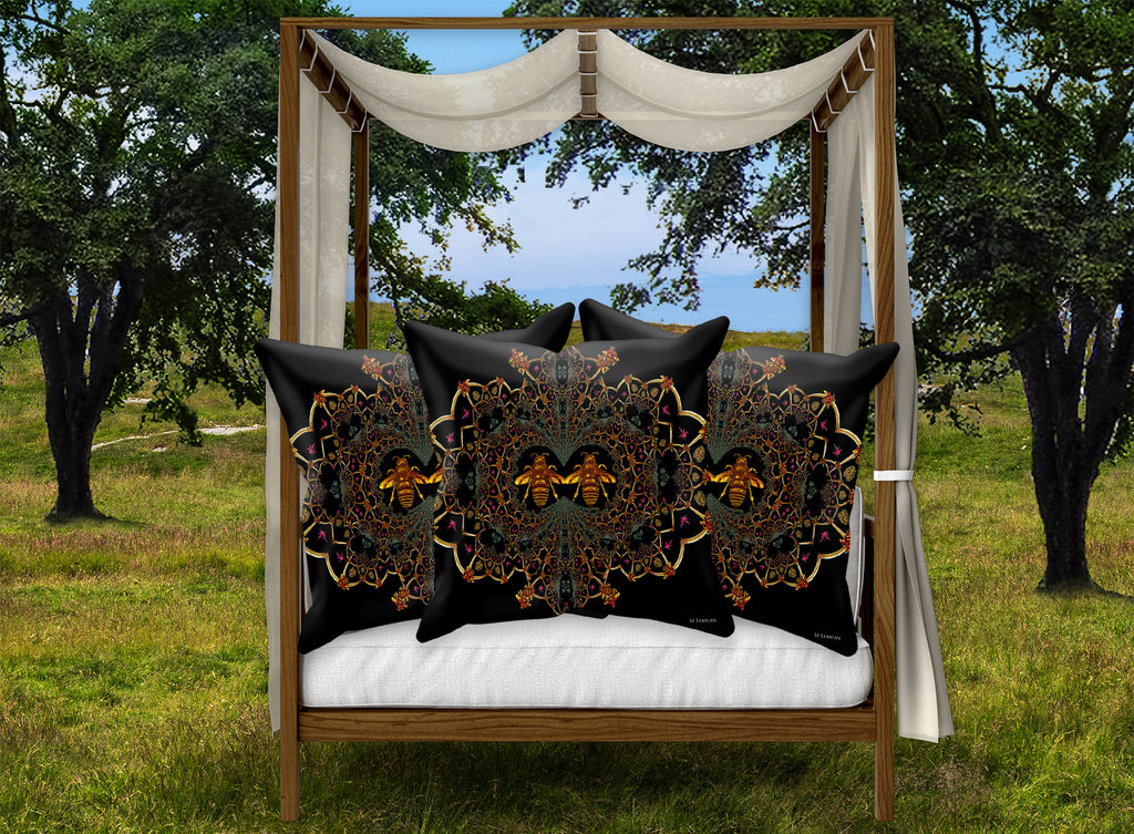 Baroque Honey Bee Pillowcase- Black