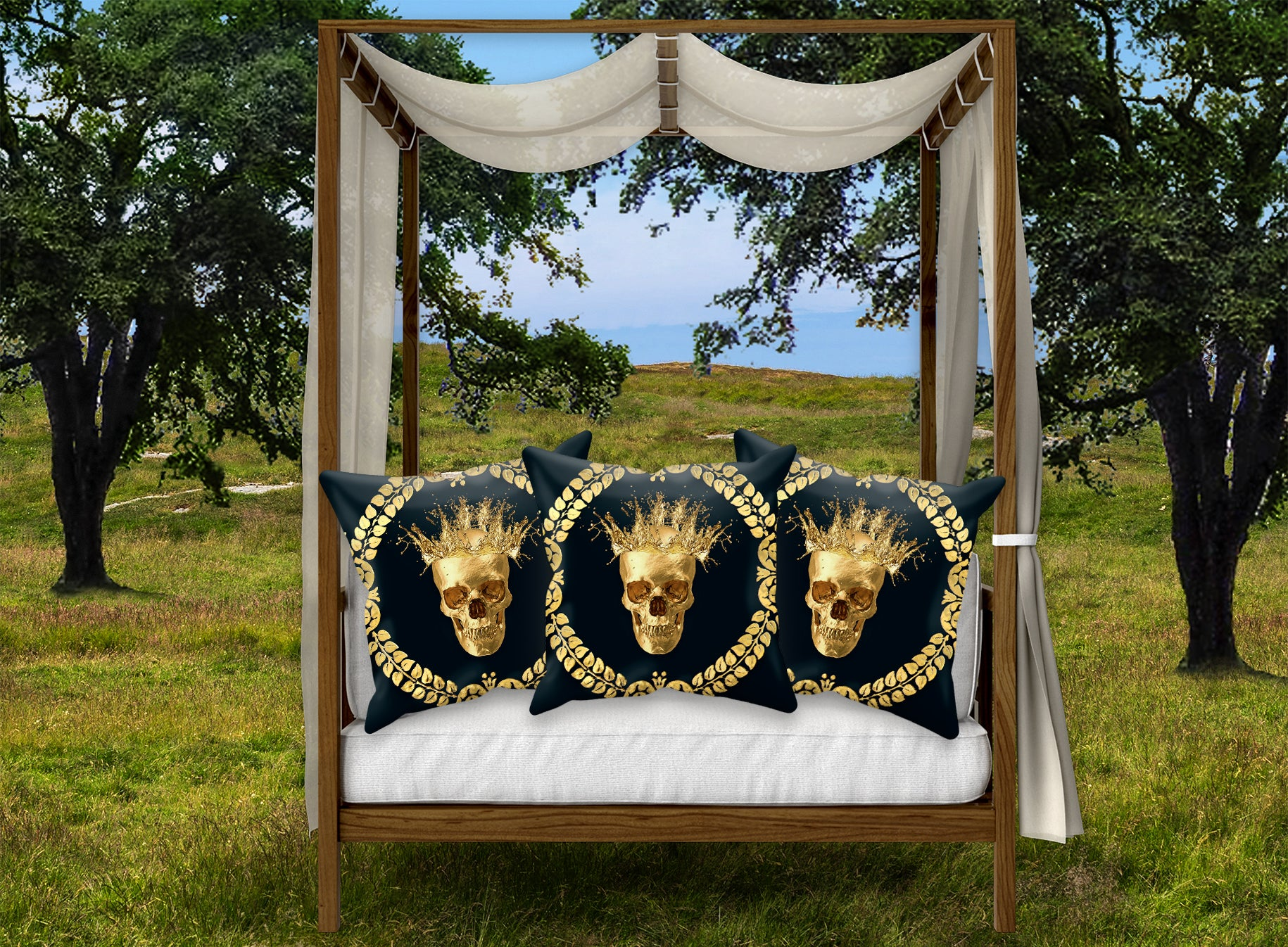 Gold Caesar Skull Pillowcase Set in Navy Blue