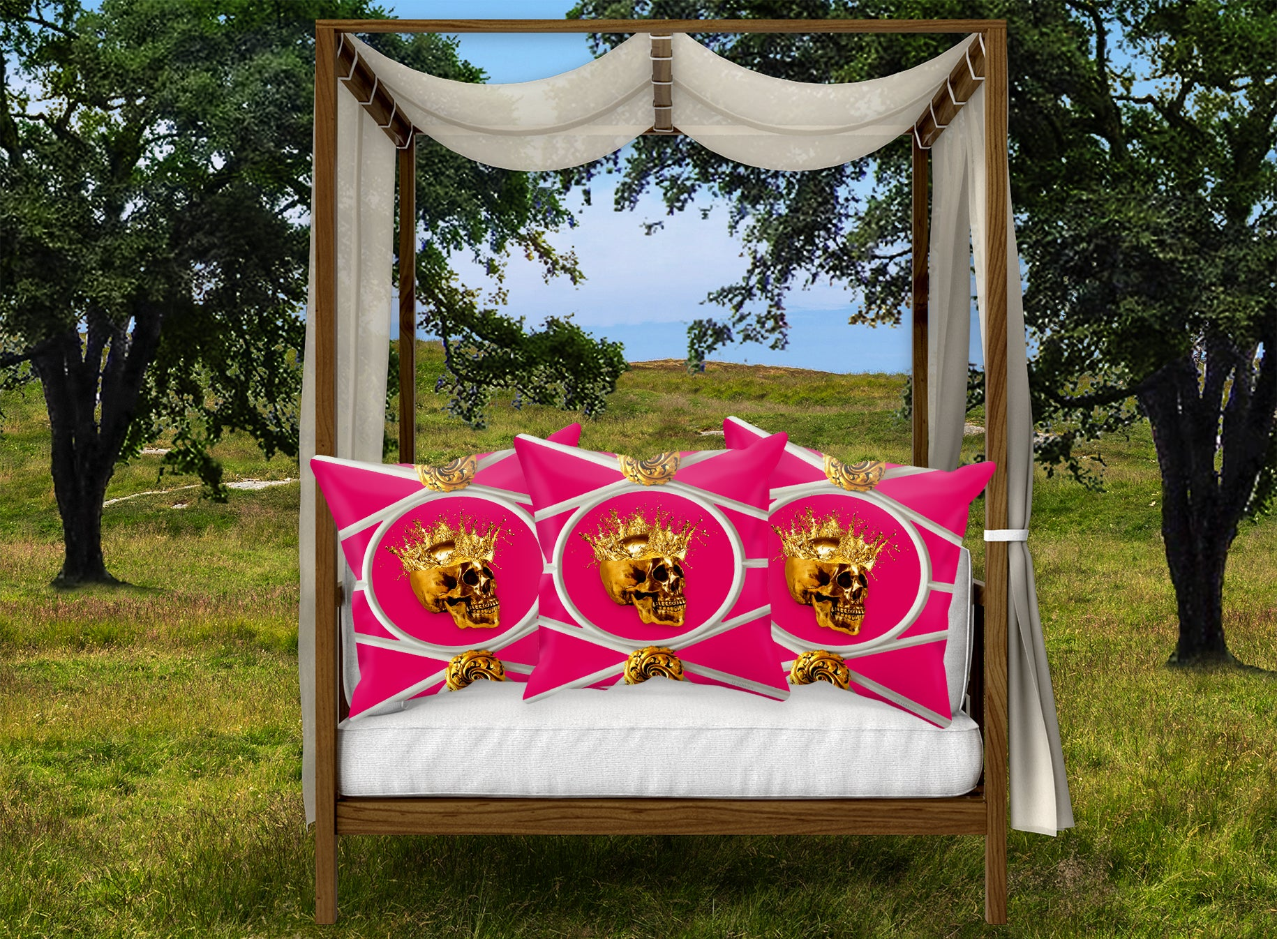 Versailles Golden Skull & Crown Pillowcase- in Fuchsia Pink