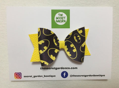 Mini batman bow