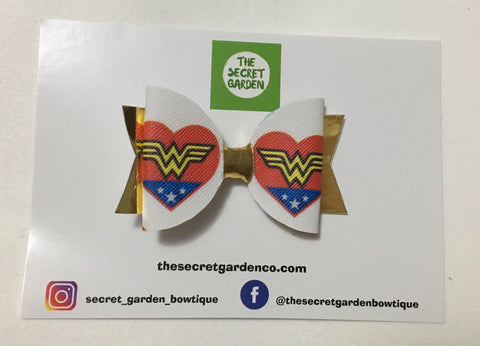 Mini Wonder Woman Bow
