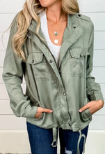 Cargar imagen en el visor de la galería, Woven Fabric Jacket Classic ! Available from February 18th !