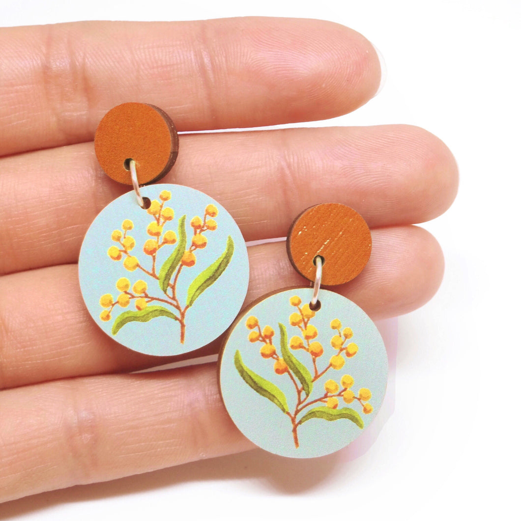 ROUND WATTLE EARRINGS