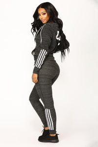 Elegant Top And Pants Women Suit Stripe Fitness Casual Sweat Suits